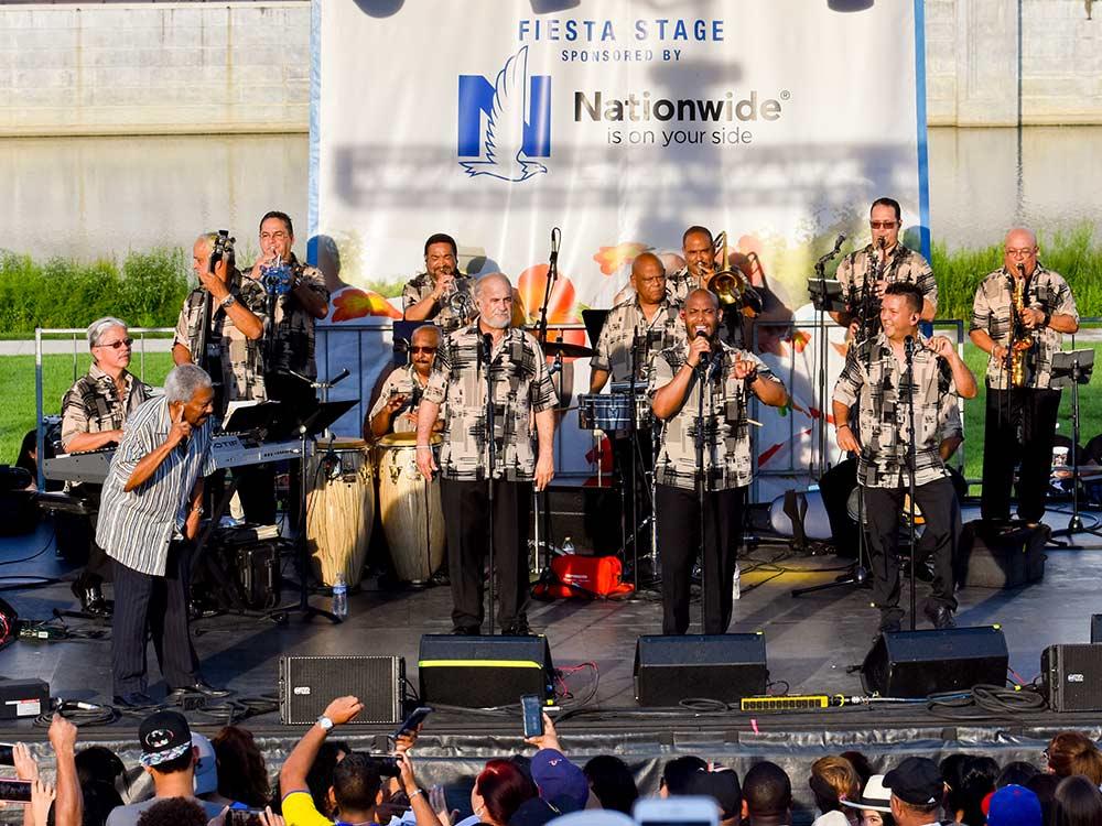 Festival-Latino-Slide-10.jpg