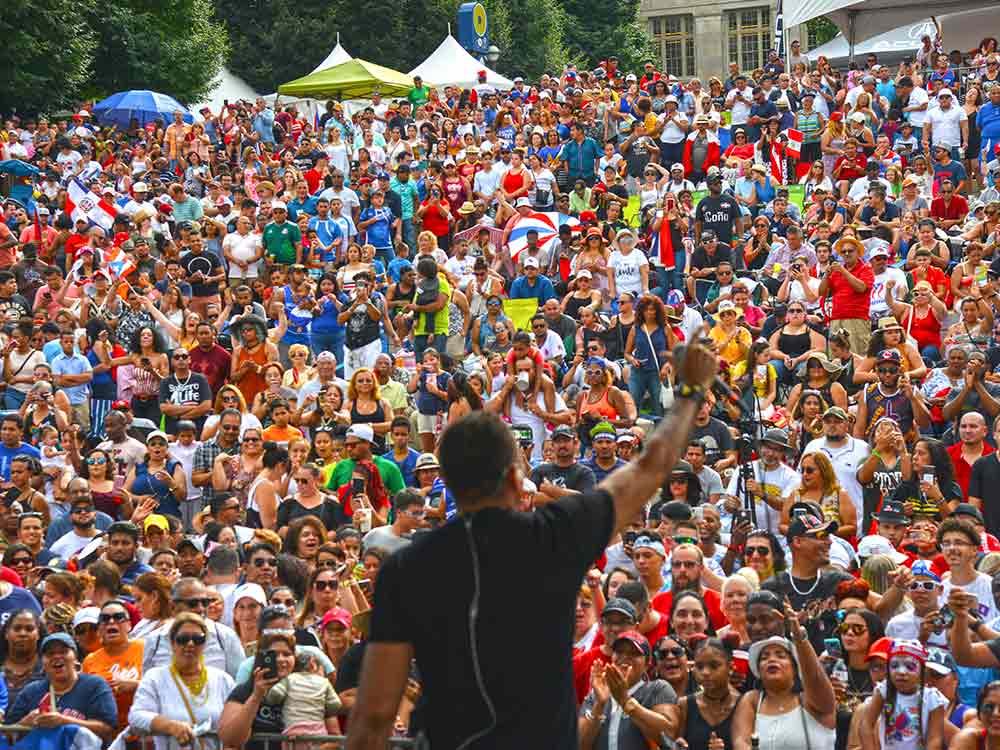 Festival-Latino-Slide-2.jpg