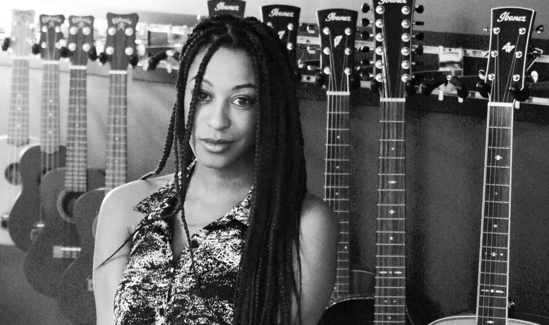 Isis Yasmeen Acoustic