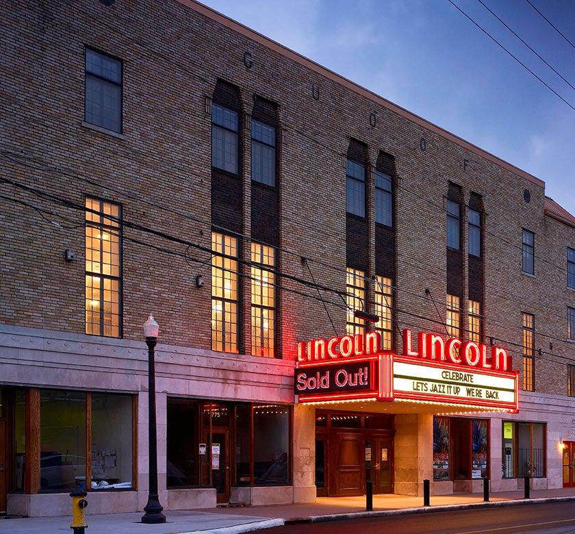 Lincoln-Exterior.jpg